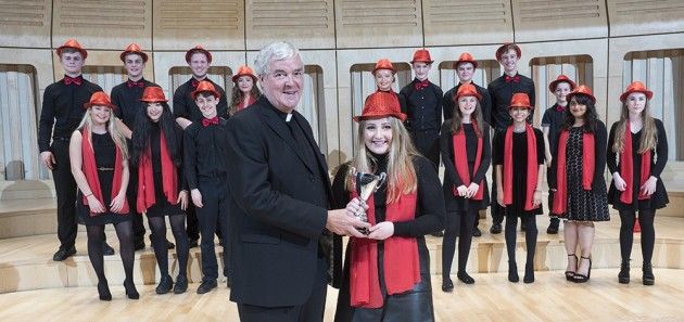 Teilo win House Singing